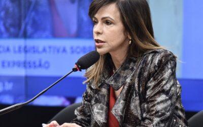 """Dorinha é aclamada presidente de instituto que reúne ex-secretários de Educação e promete gestão isenta: """"sem marca de governo"""""""