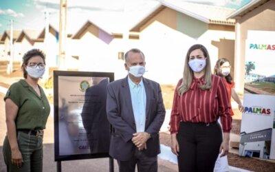 Durante entrega simbólica de chaves para o Jardim Vitória I, Cinthia menciona emenda de Dorinha para construção de Unidade de Saúde no residencial
